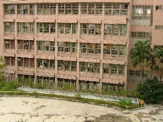 20091119_台湾01鉄格子.jpg